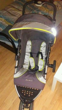 baby's black and yellow stroller few weeks old!  Edmonton, T5H 3L7