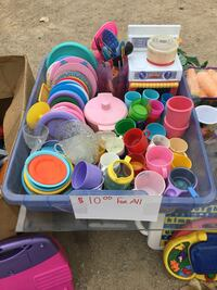 Children's pretend food and dishes Oro Grande, 92368