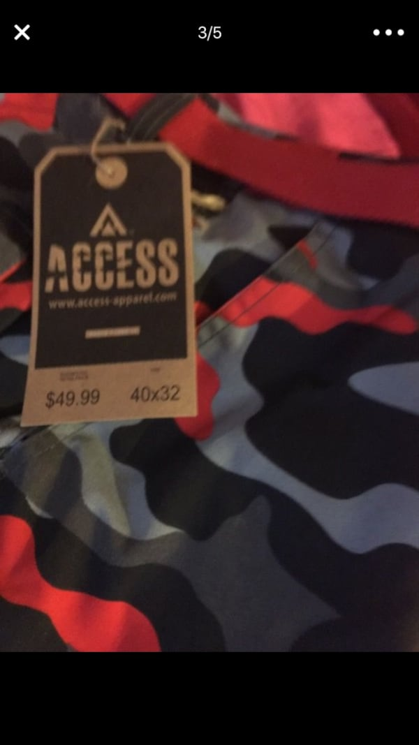 Camo Access clothes tag screenshot 0