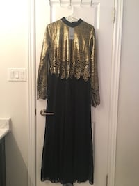 Beautiful gown dress for women black and gold detailed 561 km