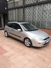 Ford - Focus - 2001 8735 km