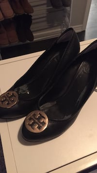 Ladies size 9 tory burch black leather wedges