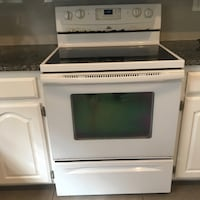 WHIRLPOOL ELECTRIC RANGE WITH SELF CLEANING OVEN Plano, 75024