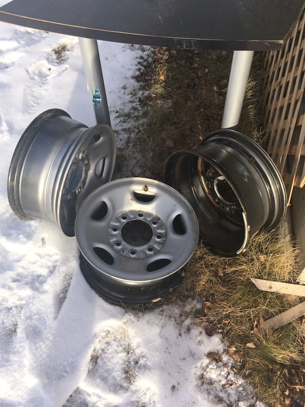 "Dodge 8 bolt 16"" rims"