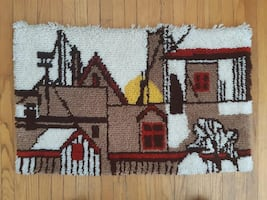 """Hooked Rug Wall Hanging    33"""" x 20""""    EUC """" Village Houses""""  Ready F"""