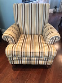 Accent Chair  Mississauga, L5J 1R2