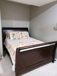 Solid cherry wood queen sleigh bed Ashburn