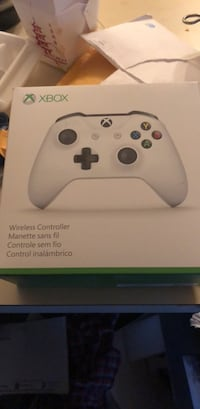 Xbox one controller brand new sealed Arlington, 22201