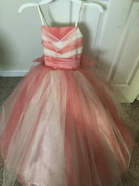 Kids party dress  Stafford, 22556