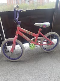 Little girls bike. Training wheels included. Perfect for 4 to 5yr old TORONTO
