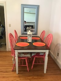 Kitchen table and chairs Charlotte, 28209