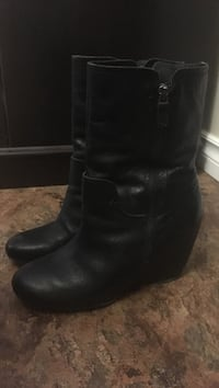6 1/2 wedge boots Cambridge, N3H