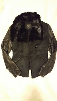 Bebe black fur jacket like new  Woodbridge, 22191