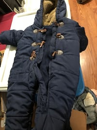 Boys snow suit  Ajax, L1T 0B8