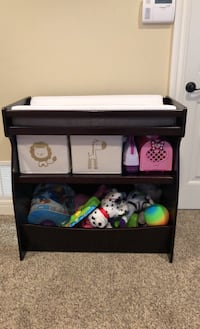 Changing Table/ToyBox Bel Aire, 67226