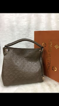 borsa in pelle nera Louis Vuitton Monogram