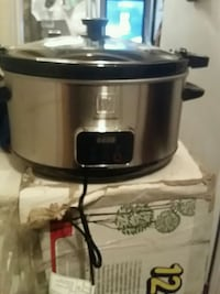 stainless steel and black slow cooker Toronto, M6A 2L6