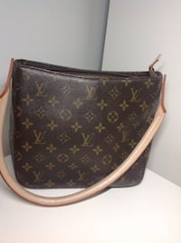 Louis Vuitton Monogram Canvas handbag 793 km