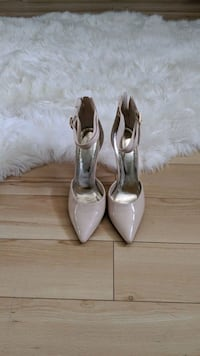Nude Stiletto SZ 7.5
