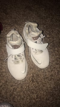 pair of white Nike basketball shoes Washington, 20024