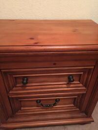 """Broyhill Nite Stand $399. New!  Over 2 ft wide. 31""""x31"""" Two months old moving again still has n ew furniture scent on it.  Serious buyers See my page selling all !!  Matching items available for bedroom set moving !  Reduced  -120 off need gone by today S El Paso, 79936"""