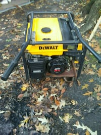 Dewalt generator dg 4300 powered by Honda Chesapeake