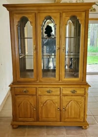 DINNING ROOM BUFFET AND HUTCH FOR SALE  Toronto