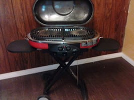 Great condition Portable folding Colman grill