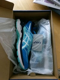 Asics gt-2000 5 running shoes size 8 Weston, 02493