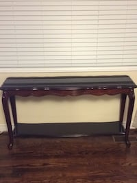 Beautiful Console Table Vaughan, L4L 4A4