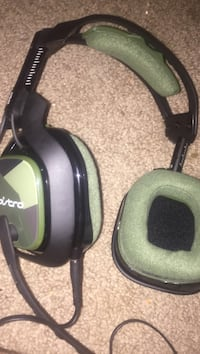 Green and black astro corded headset Chandler, 85226