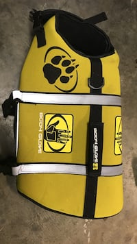 Dog life vest Medium Virginia Beach, 23456