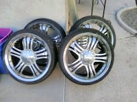 chrome multi-spoke car wheel with tire set Las Vegas, 89108