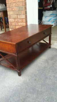 Vintage mohagony coffee table Mississauga, L5L 3P5