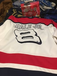 white and red Chicago Bulls jersey La Puente, 91744