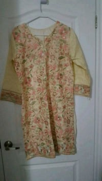women's white and yellow floral dress Mississauga, L5L 1R3