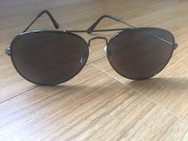 Summer shades or aviator glass for 15$