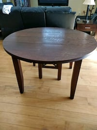 Antique wood table Orangeville, L9W