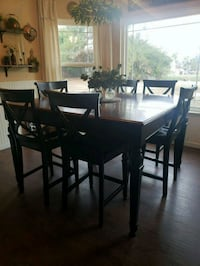 Counter height table Moreno Valley, 92555