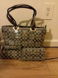 Brand new 2018 Coach set with Wallet and wristlet  Wilmington, 28403