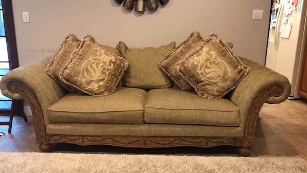 Living Room Set by Schnadig. Sofa, love seat, arm chair and 4 decorative  pillows.