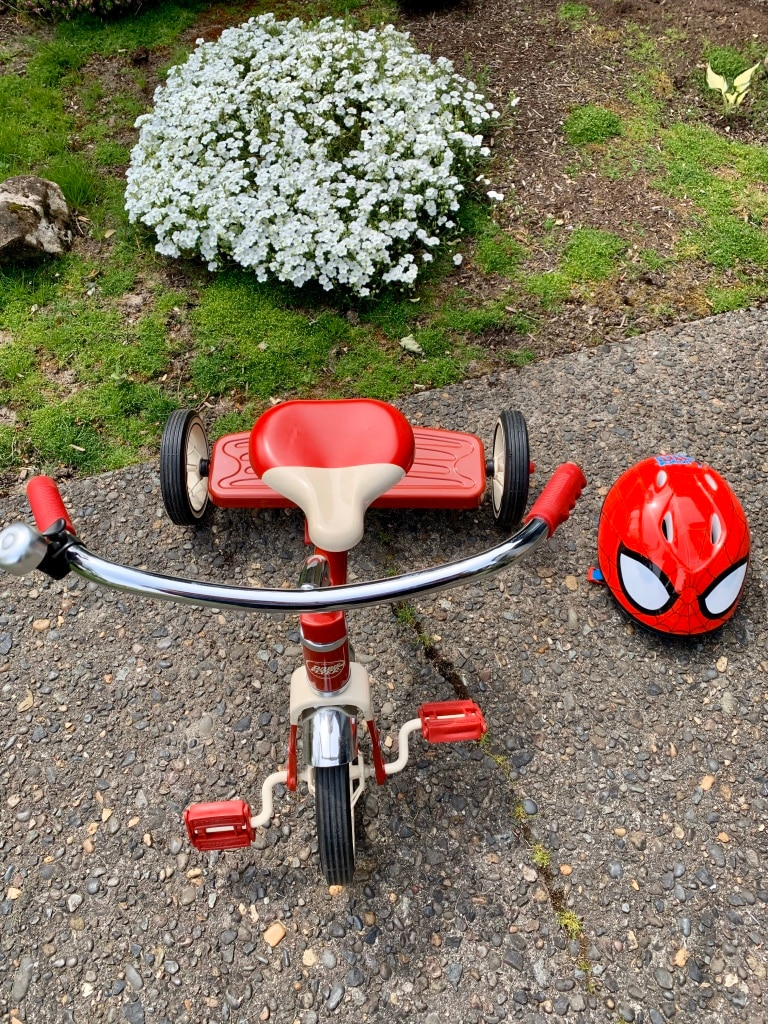 Photo Radio Flyer Tricycle & Toddler Bell Spider-Man Helmet, Like New Set 2
