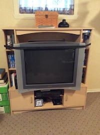 black CRT TV with TV stand Salaberry-de-Valleyfield