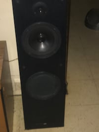Black and gray subwoofer speakers Fort Erie, L2A 6R3