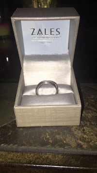 Mens wedding band from Zales Ponchatoula, 70454