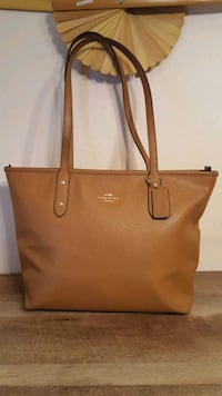 Coach City Zip Tote....I AM FIRM, ZERO HOLDS! Strafford, 65757