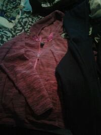 North face pink zip up size m Surrey, V3T 4G7