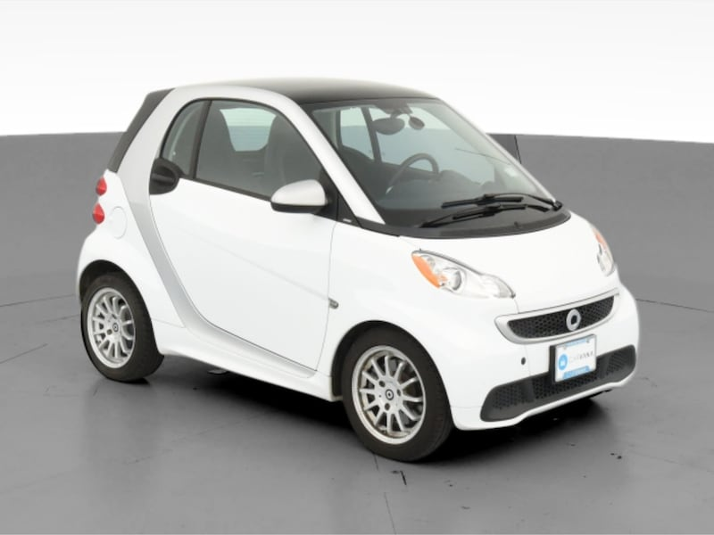 2013 smart fortwo coupe Pure Hatchback Coupe 2D White  565d81d0-ef04-466d-adb0-a87a3c22870f