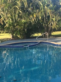 Studio with Pool! Utilities Included  Plantation