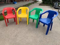 Plastic stackable child chairs Plattsmouth, 68048